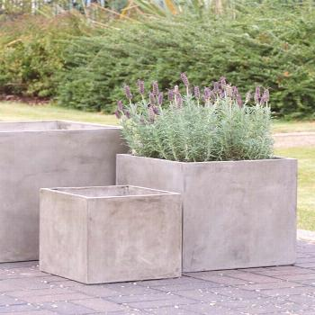23 Amazing DIY Concrete Garden Boxes Ideas To Make Your Home Yard Looks Awesome - Planters - Ideas