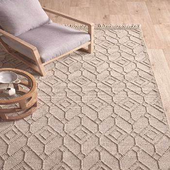 Beige Terra Hand-Woven Wool Rug Made from 100% wool, this luxuriously soft rug is exactly what you'
