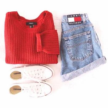 tommy red jean shorts converse spring