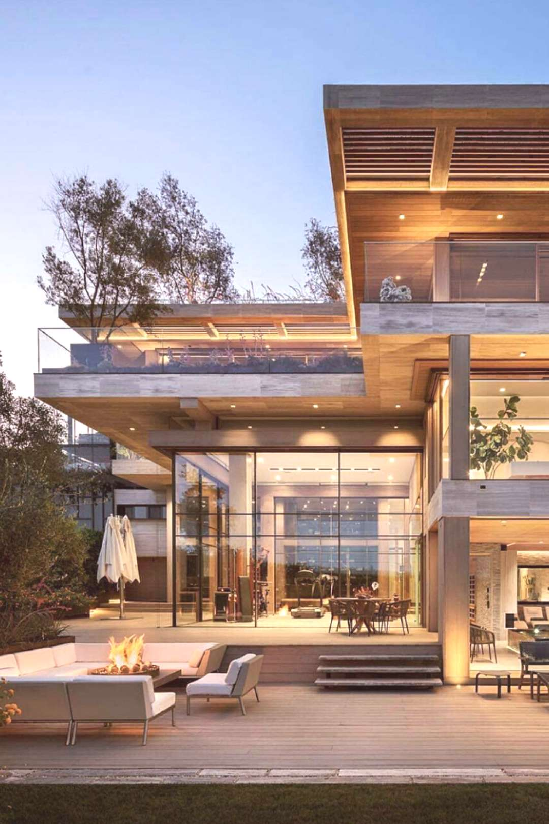 Analyzing The Best Contemporary House Designs - House Topics    Contemporary house is built acc