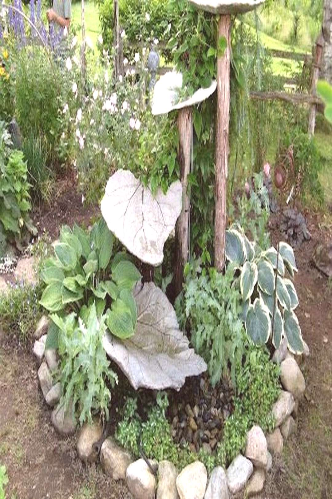 DIY Garden Concrete Leaves – Your Projects@OBN