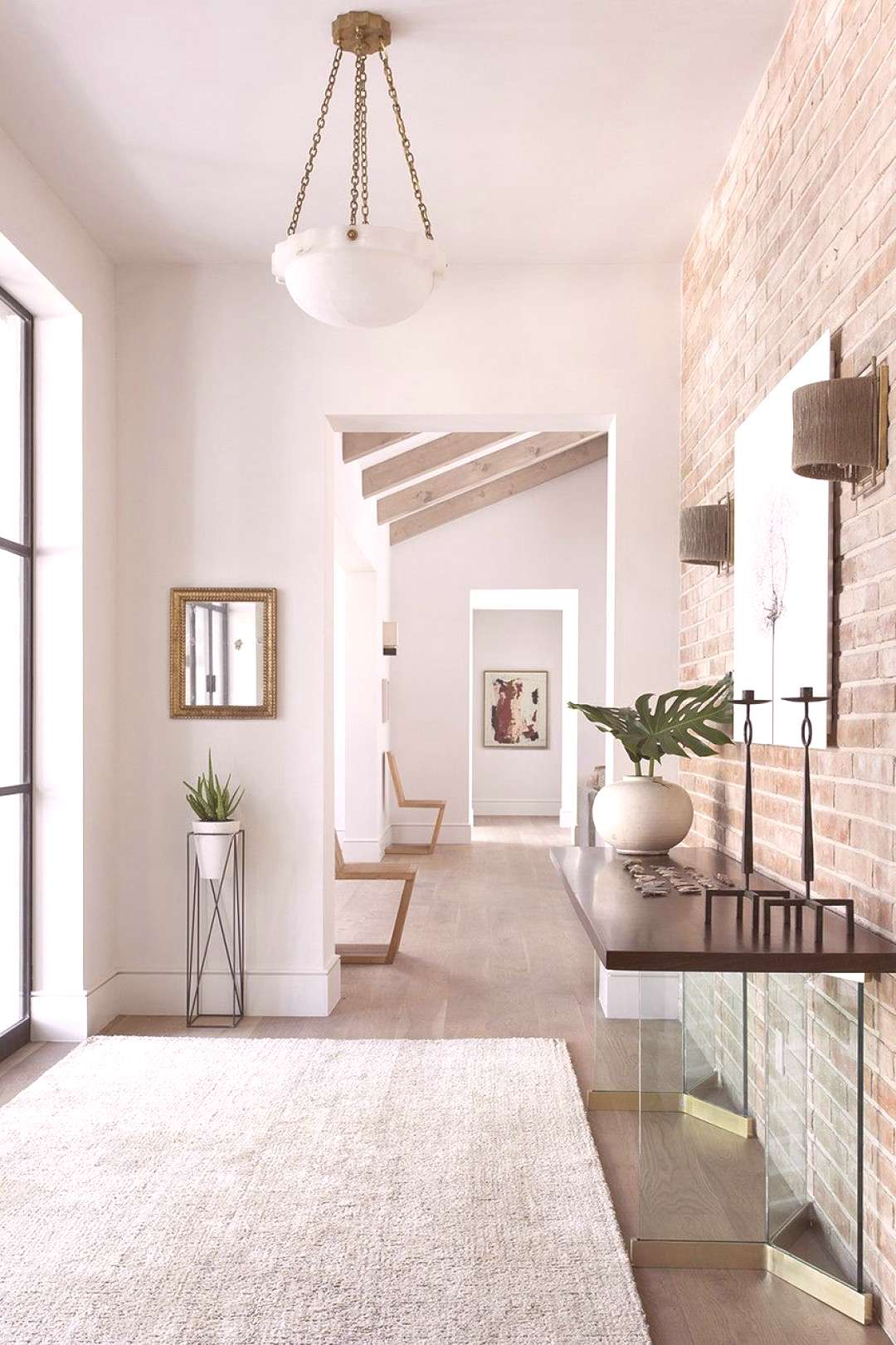 Friday Inspiration: Customers, Consoles, and Combinations  Sleek, modern and bright entryway. Love