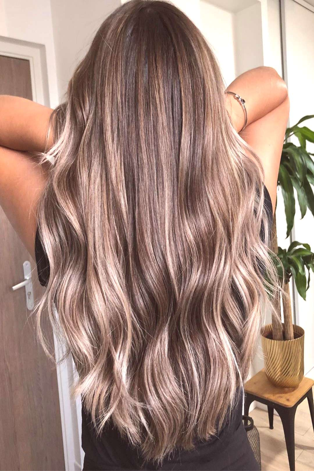 T R A N S F O R M A T I O N Avant/Après ombré avec contouring Coupe gloss soin... T R A N S F O R