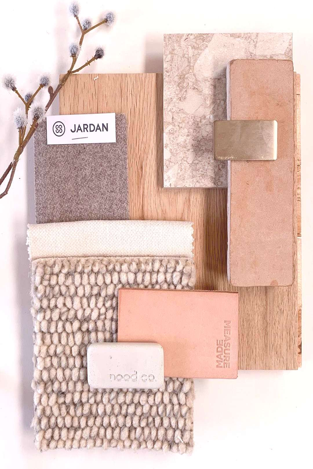 Take a look to the moodboards and feel the inspiration come in to your heart.