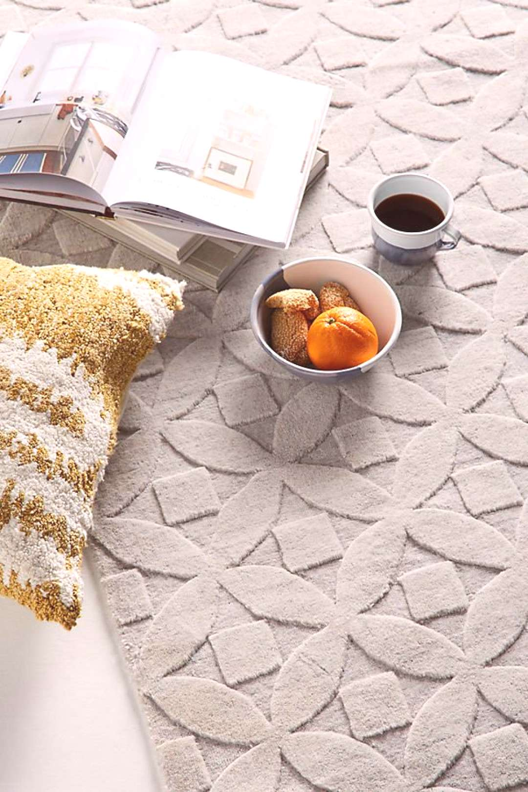 Victoria Rug by Anthropologie in Grey, Rugs